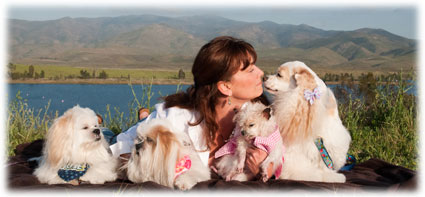 Kelly Preston and her dogs